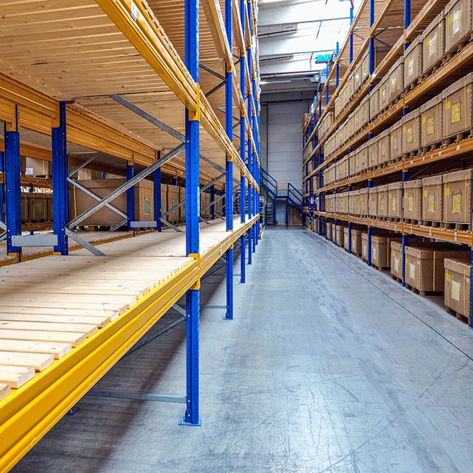 Own a warehouse and want to receive inventory from our partner stores?